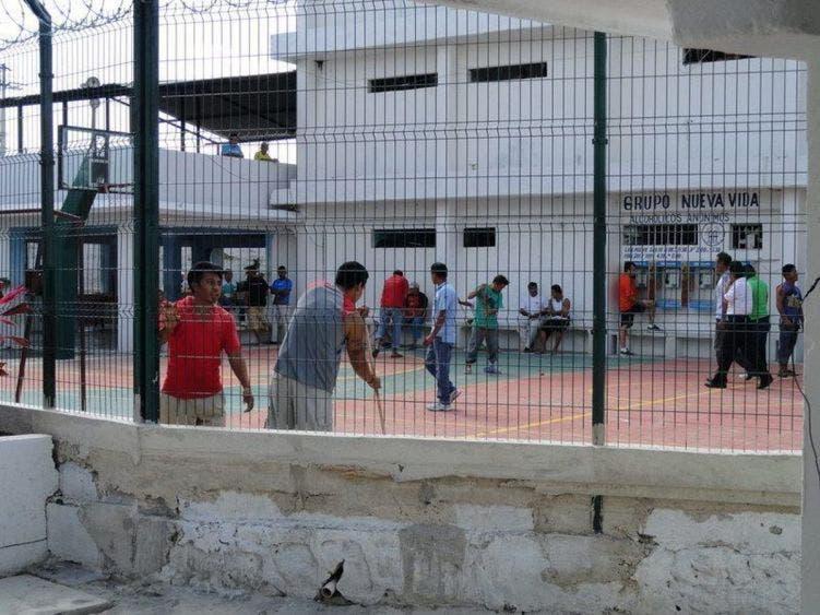 Covid-19, amenaza latente en cárceles de Quintana Roo; hasta el momento se han contenido los contagios en una población hacinada.