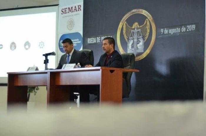 Carlos Zamarripa (izq), Fiscal de Guanajuato, con 11 años en el cargo; Alvar Cabeza de Vaca, secretario de Seguridad Pública 7 años en el cargo.