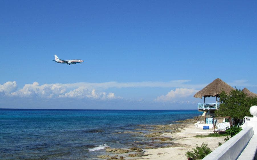 Siguen en pie nuevos vuelos extranjeros y nacionales hacia Cozumel.