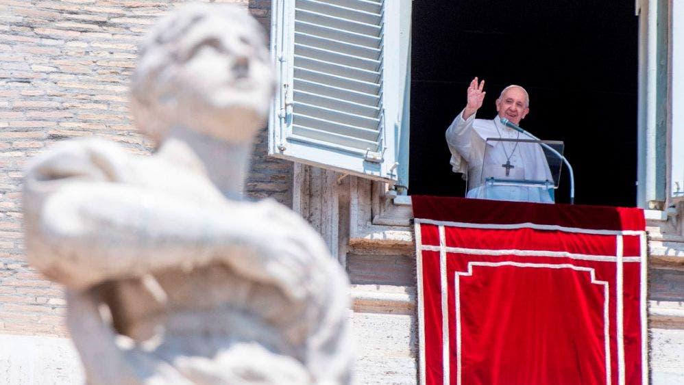 Muy dolido lamenta el Papa conversión de Santa Sofía en mezquita.