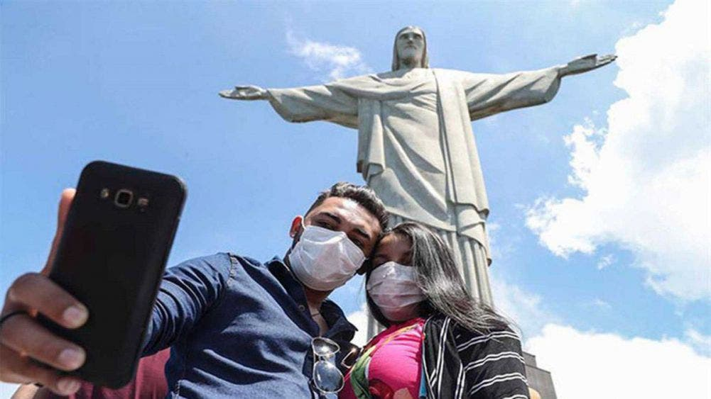 Supera América Latina 200 mil muertes por Covid-19; Brasil y México son los países latinoamericanos más golpeados por la pandemia.