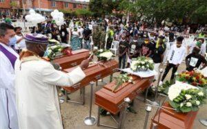 Matanza de jóvenes conmociona y enluta a Colombia
