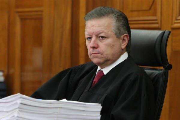 Judicatura sanciona y destituye a varios funcionarios por vender exámenes de ingreso para jueces.