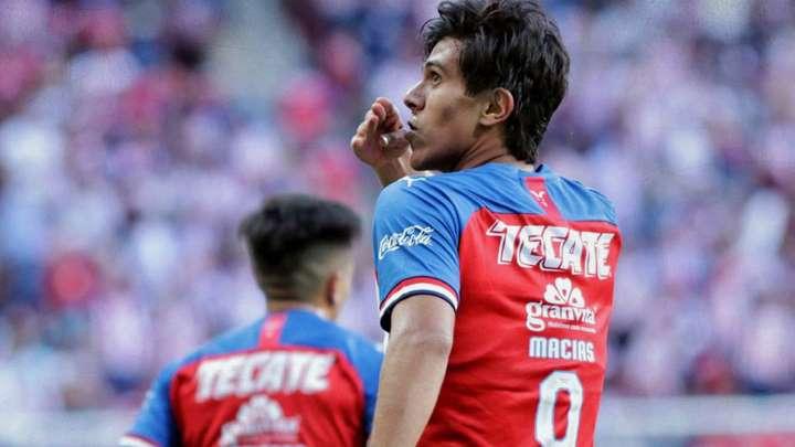 Chivas: JJ Macías cerca de firmar con club europeo