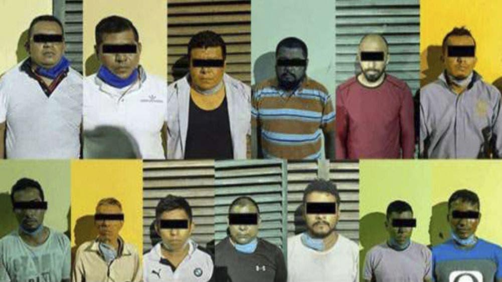 Detienen a comando con arsenal; algunos son policías en Veracruz