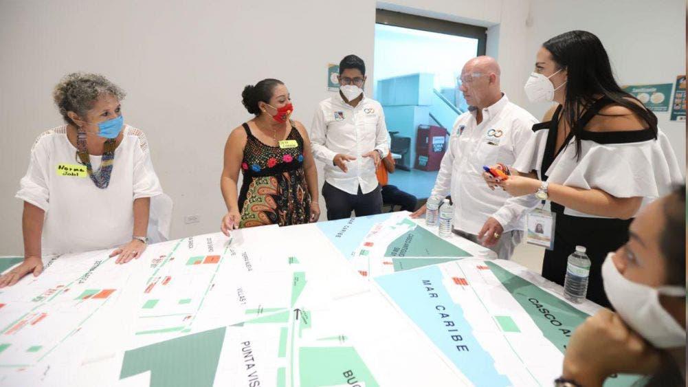 Ciudadania Laura Fernández el desarrollo de Puerto Morelos