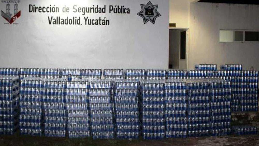 Atrapan a empleados municipales de Valladolid con carga de cervezas; violan Ley Seca