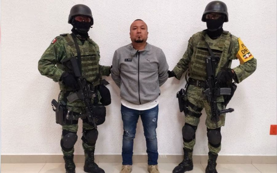 """El cobarde hampón José Antonio Yépez Ortiz alias """"El Marro"""", siendo presentado a los medios tras su captura."""