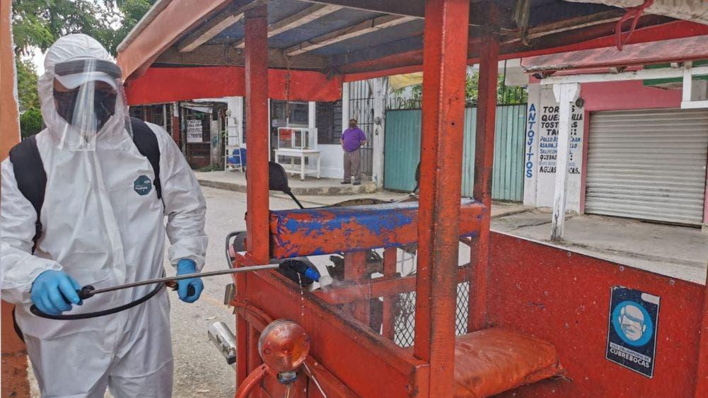 Laura Fernández y sindicatos de mototaxis de Leona Vicario cierran filas contra covid-19