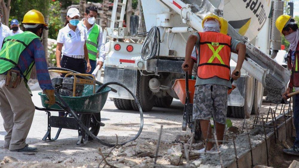 Supervisa Laura Fernández obras de infraestructura urbana en Puerto Morelos