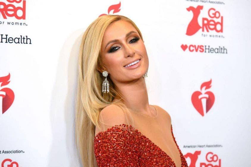 Paris Hilton impacta al confesar vivir abusos en un internado