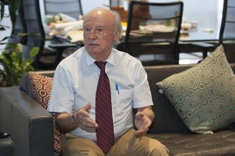 """Víctor Manuel Toledo, secretario de Medio Ambiente y Recursos Naturales, asegura en un audio filtrado, que en el Gobierno hay """"contradicciones"""" y """"luchas de poder""""."""