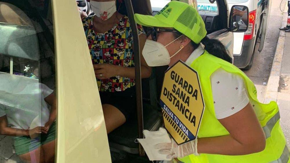 "Realizan IMOVEQROO y ""gorras amarillas"" operativo covid"