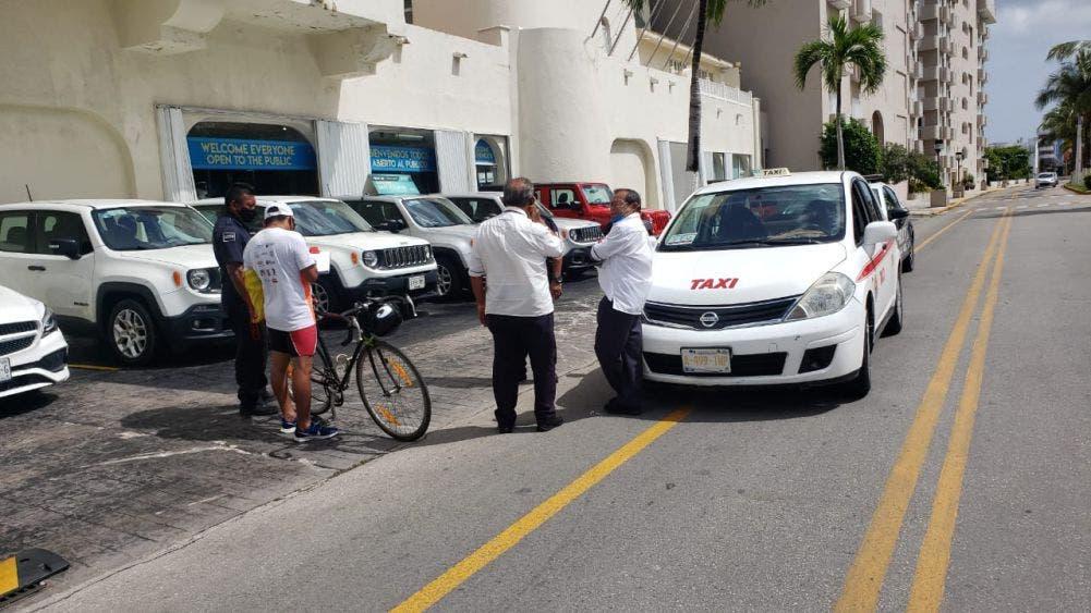 Ciclistas ven peligrosa la ciclovía de la zona sur de Cozumel; hace falta conciencia vial por parte de los automovilistas.
