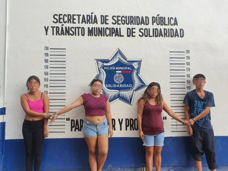 Golpe a narcomenudistas en Playa del Carmen; tres mujeres y cinco hombres integraban una célula que operaba en la colonia InHouse.