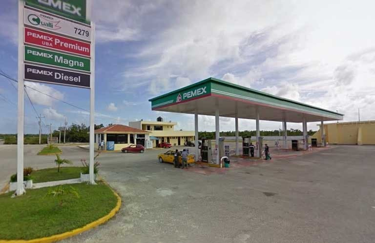 Gasolinera de Mahahual no da litros completos.