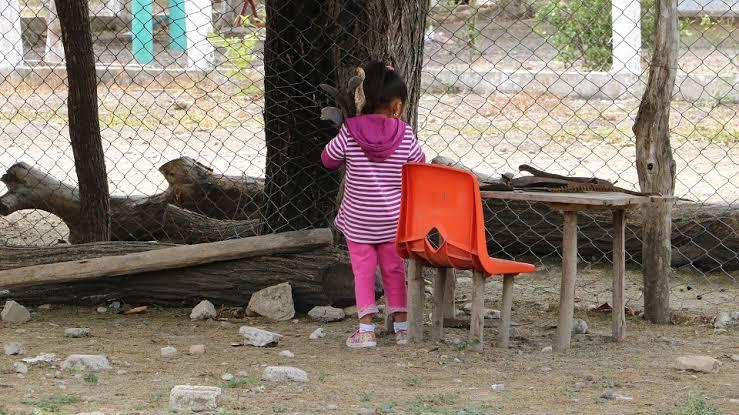 Niños de colonias de escasos recursos no han regresado a clases.