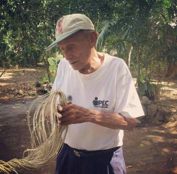 """Pierde el linaje maya de Quintana Roo a otro de sus ancestros; fallece a los 108 años Aniceto May Tun, guardián del """"A' almaj T'aan""""."""