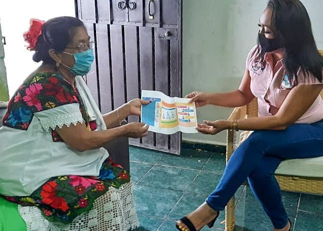 Con videollamadas continúan las terapias a pacientes de la UBR y hay comunicación con los abuelitos para darles información sobre el Covid-19 y seguimiento a sus peticiones