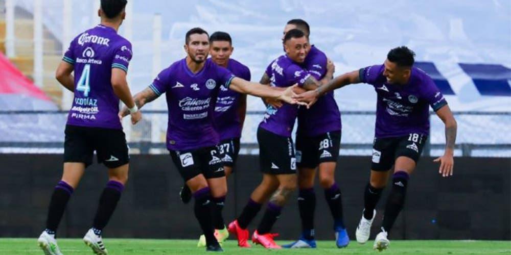 Mazatlán FC logra su primer punto al empatar con Querétaro