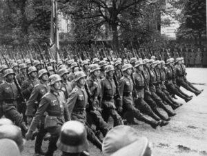 El 3 de septiembre, el Reino Unido y Francia, aliados de Polonia, declararon la guerra a Alemania