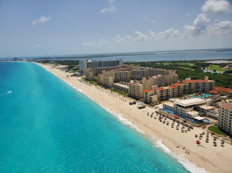 A partir de mañana se podrán disfrutar de todas las playas de Cancún.