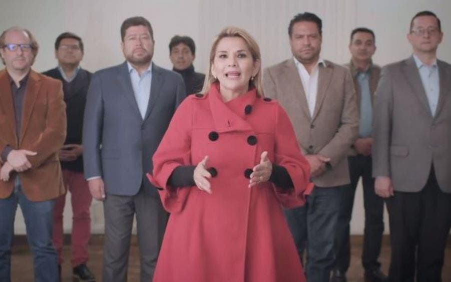 Jeanine Áñez renuncia a la candidatura presidencial de Bolivia