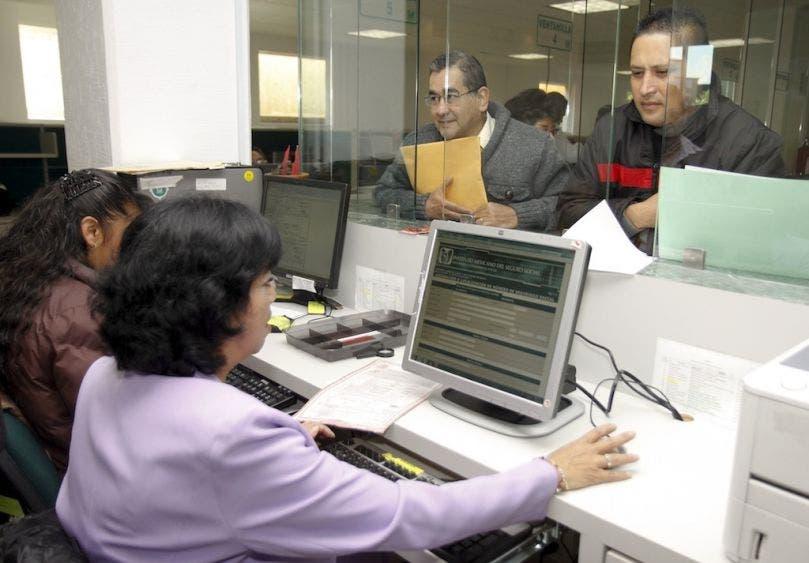 Unas 639 medianas empresas se dieron de baja ante el IMSS