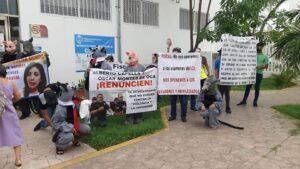 Se manifiestan antiratas en la FGE en apoyo a los ministeriales que exigen derechos laborales