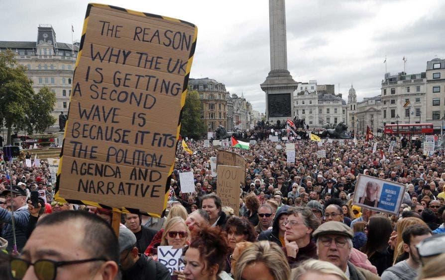 Manifestación en Londres contra restricciones Covid-19 termina en disturbios