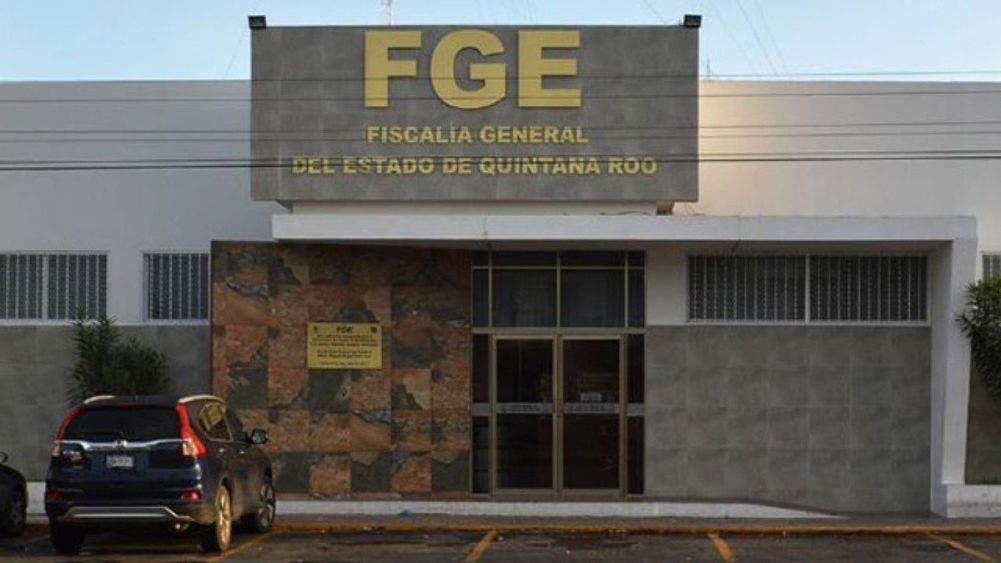 Salen a flote parentescos y falta de escolaridad en la FGE