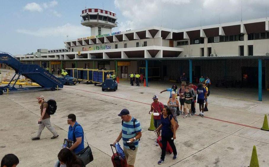 Reabrirán mañana vuelos internacionales en Belice.