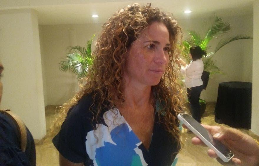 Reconoce la diputada Iris Mora pugnas internas en el PRD.