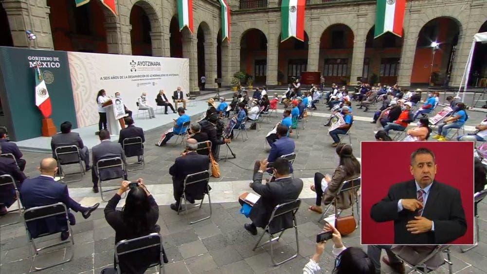 Palacio Nacional fue sede del informe de la desaparición de los 43 estudiantes de la escuela normal rural de Ayotzinapa Isidro Burgos.