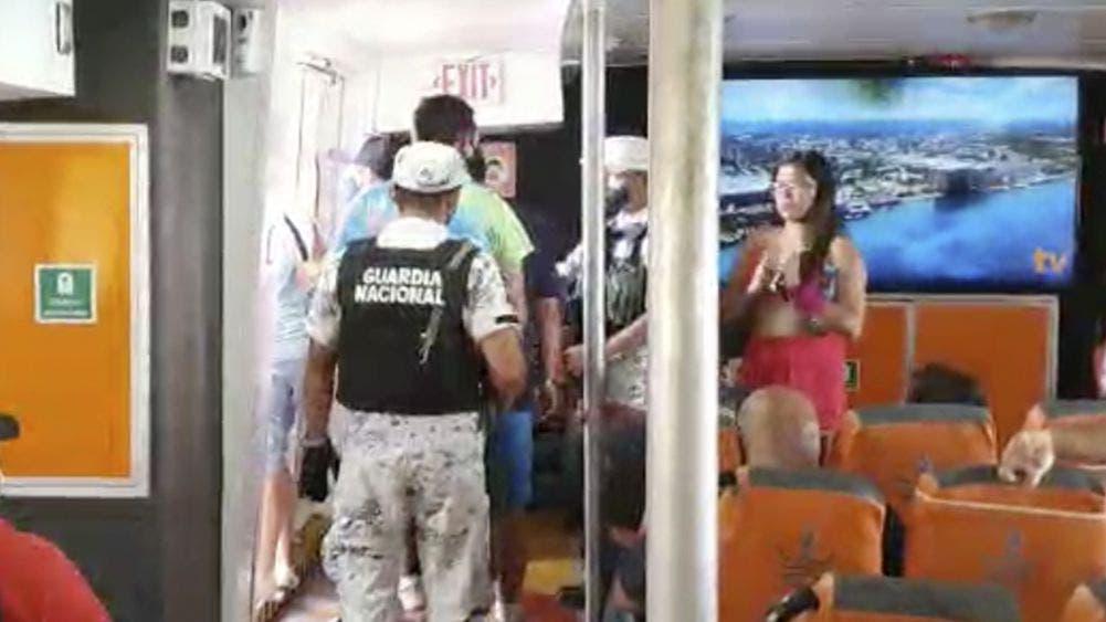 Bajan de barco de Winjet a 30 personas por no respetar sana distancia