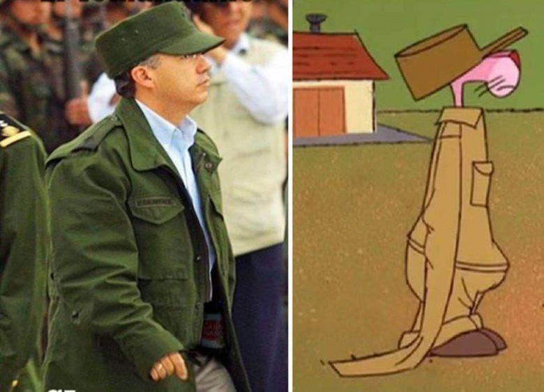 """Desde su desatinada declaración de """"guerra al narco"""" y para ratificarla su más desvariado disfraz de militar al expresidente Calderón le han tundido con memes, y hasta el ya famoso apodo de """"Comandante Borolas""""."""