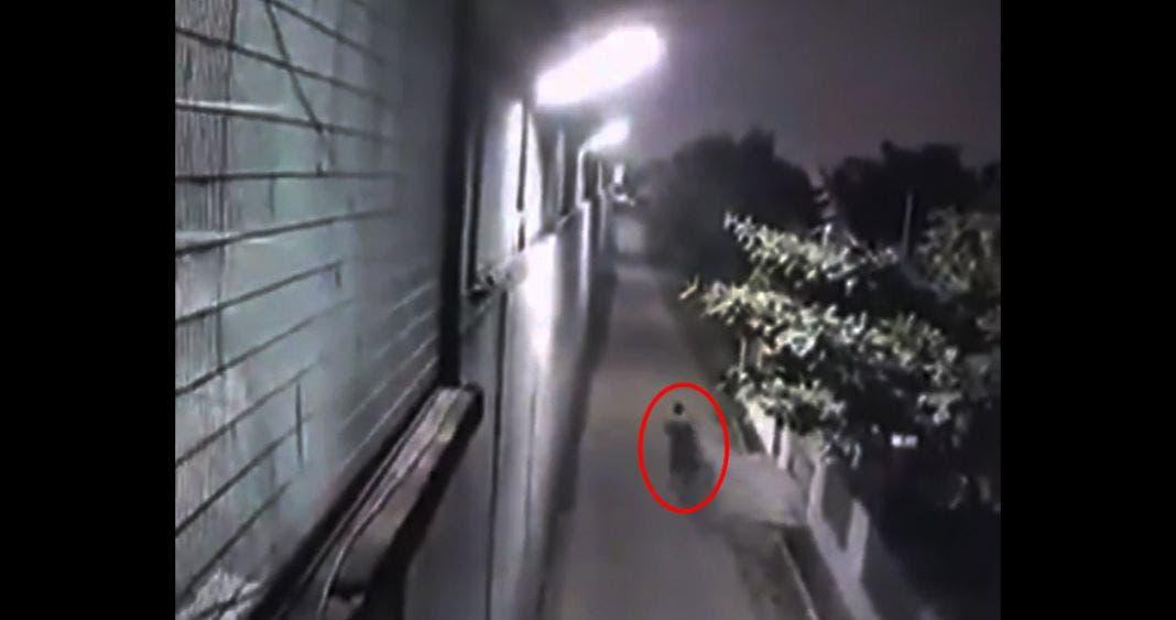 """Nace """"El Chapo"""" chino, sentenciado a muerte huye por un narco-túnel"""