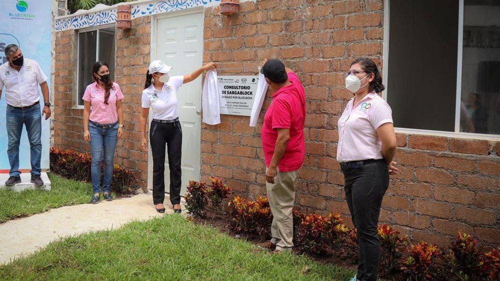 Laura Fernandez inaugura los nuevos consultorios de psicología del DIF, construidos con sargablocks