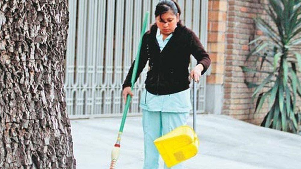 Sin empleo por pandemia mas de 732 mil empleadas domésticas