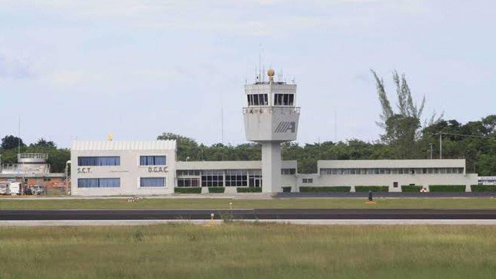 Abandonan Jet en aeropuerto internacional de Chetumal