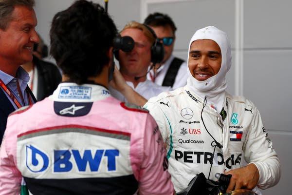 Hamilton consigue la pole en Italia y Checo termina cuarto