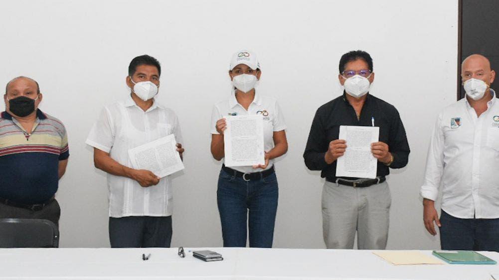 Avanza Puerto Morelos a paso firme en materia de infraestructura: Laura Fernández