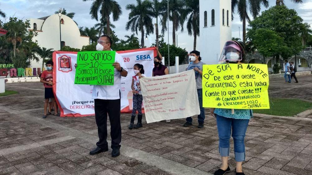 Marchan médicos en protesta contra líder del SUTAGE