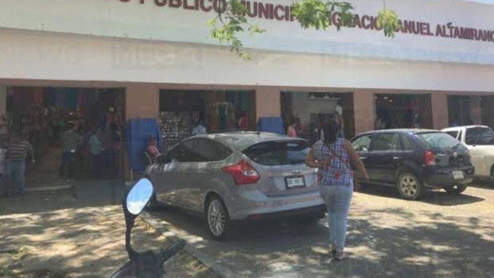 Exención de pagos no aplicará a locatarios de mercado Altamirano