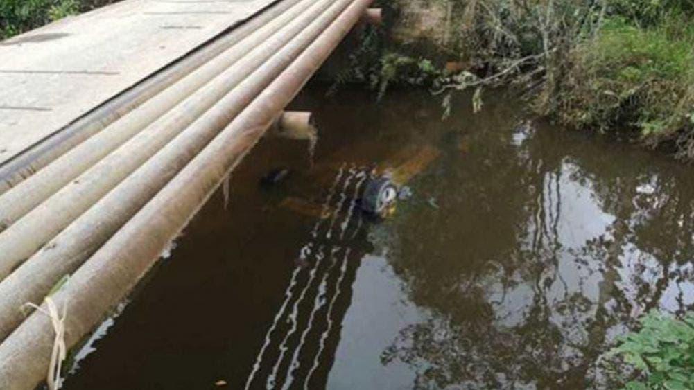 Cae automóvil en un arroyo en Veracruz y mueren cuatro personas