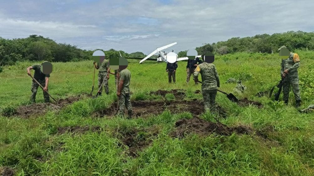 Sedena asegura aeronave e inhabilita pista clandestina en Chiapas