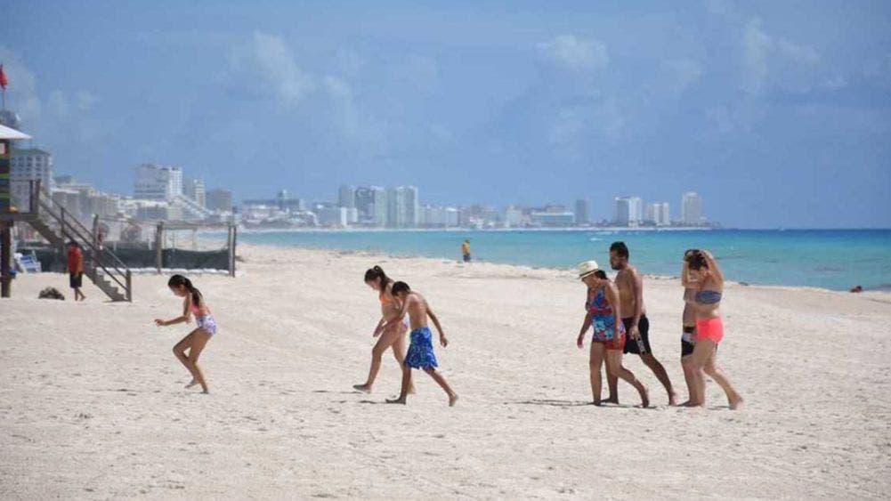 Piden a bañistas extremar precauciones al acudir a las playas