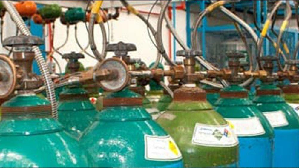 Denuncian mercado negro de tanques de oxígeno