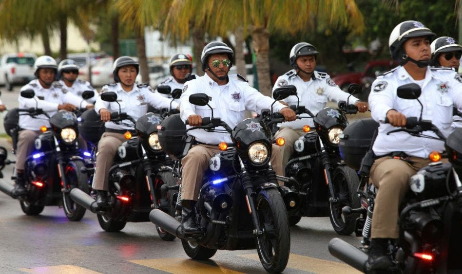 Pretenden en Benito Juárez una policía de tránsito honorable.