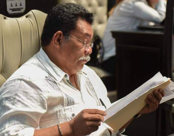 Se reincorpora Hernán Villatoro a sus actividades legislativas.